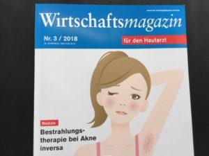 Akne inversa und die neue Therapie auf dem Cover eines Fachmagazins für Hautärzte